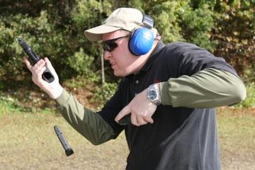 pistol-magazine-reload
