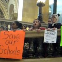 square-kids-protesting
