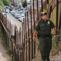 square-mexico-border-patrol